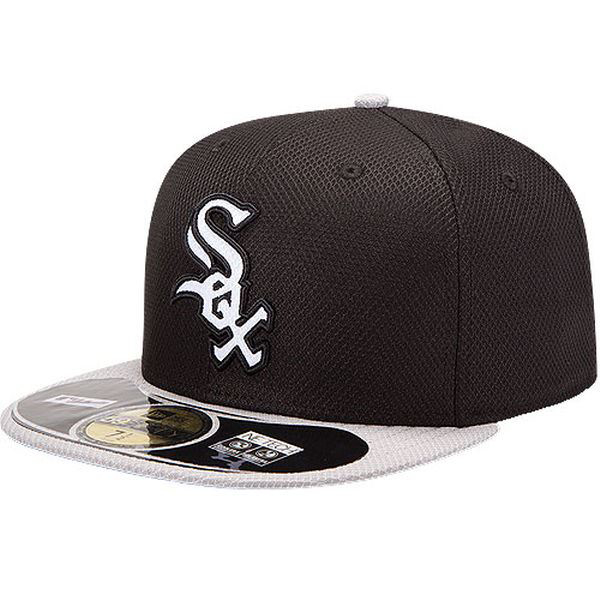 84ca31b31fc Picture of Men s Chicago White Sox New Era Black Gray On Field Diamond Era  59FIFTY