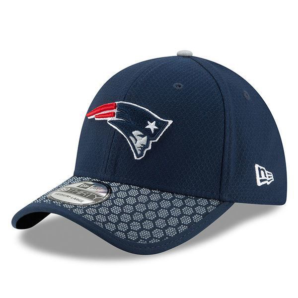 Picture of New England Patriots New Era 2017 Sideline Official 39THIRTY Flex Hat - Navy