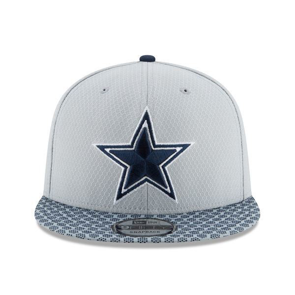 Picture of Men's Dallas Cowboys New Era Gray 2017 Sideline Official 9FIFTY Snapback Hat