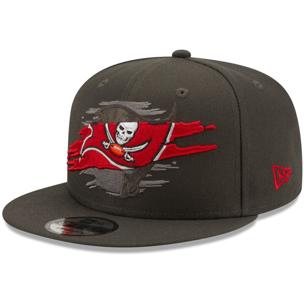 Men's New Era Pewter Tampa Bay Buccaneers Logo Tear 9FIFTY Snapback Hat