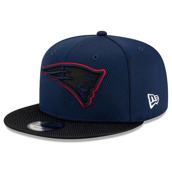 Men's New England Patriots New Era Navy/Black 2021 NFL Sideline Road 9FIFTY Snapback Adjustable Hat